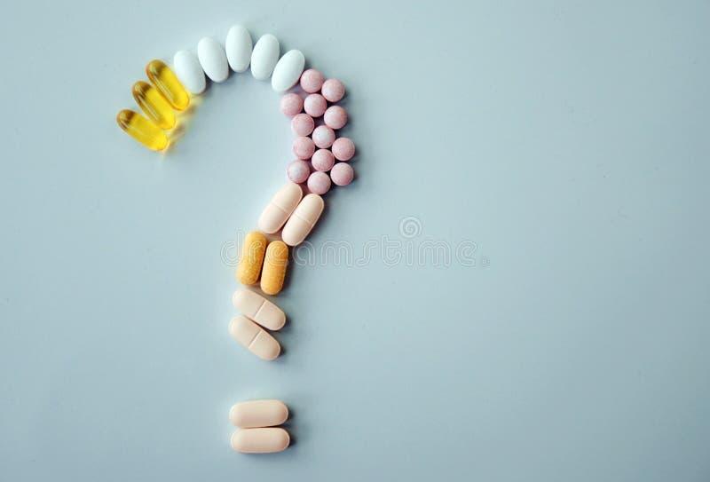 Différentes drogues et suppléments de santé de pilules photo stock