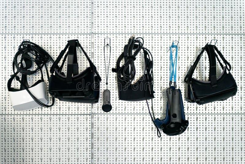 Différents dispositifs de VR images stock