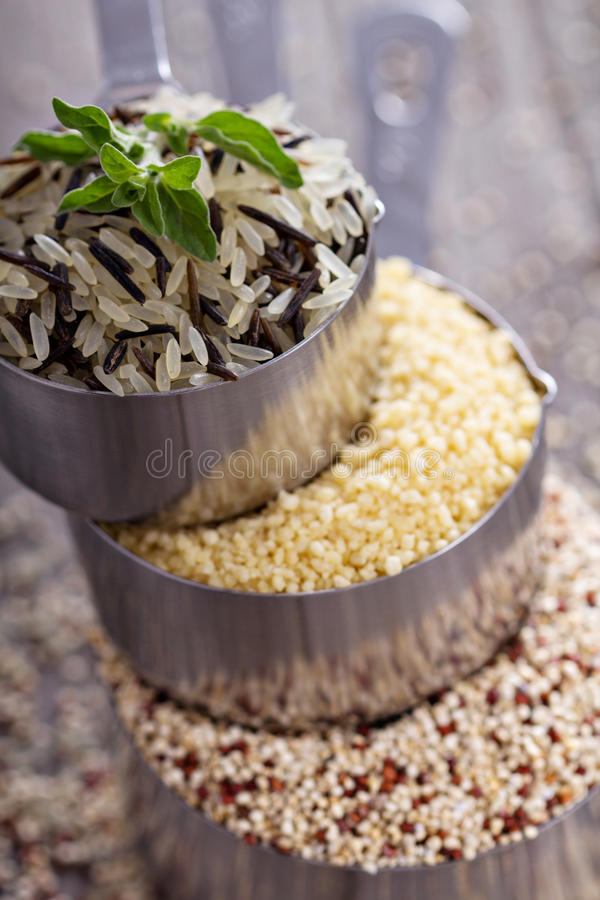 Free Different Grains In Measuring Cups Royalty Free Stock Photography - 38970987