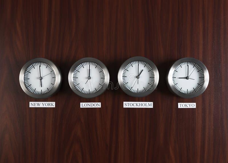 Differenza di tempo fotografie stock