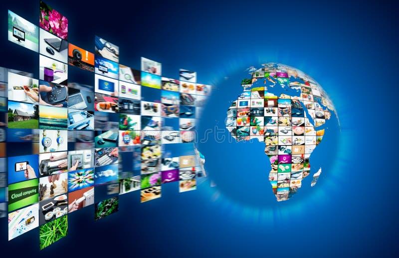 Difusión de la televisión que fluye las multimedias Compositi del globo de la tierra imágenes de archivo libres de regalías