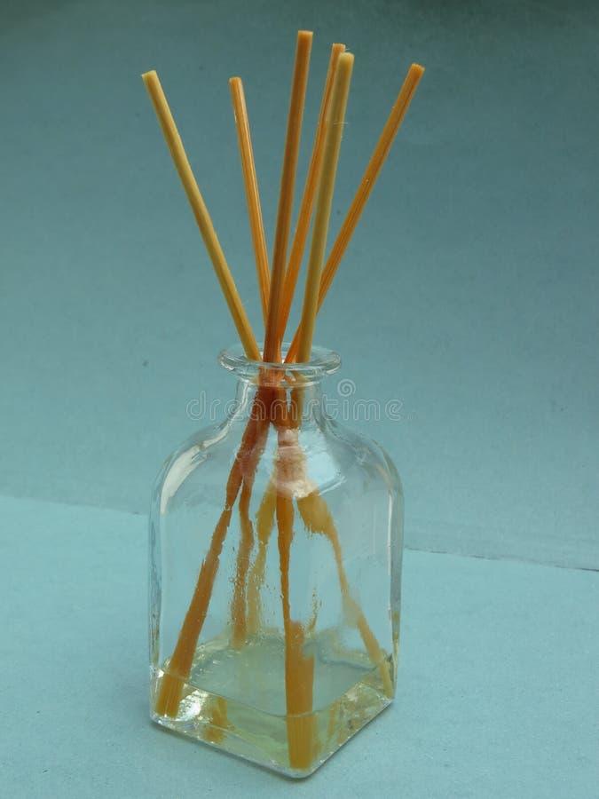 Difusor da fragrância com varas foto de stock