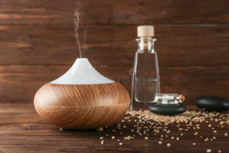 Difusor do óleo do aroma fotografia de stock