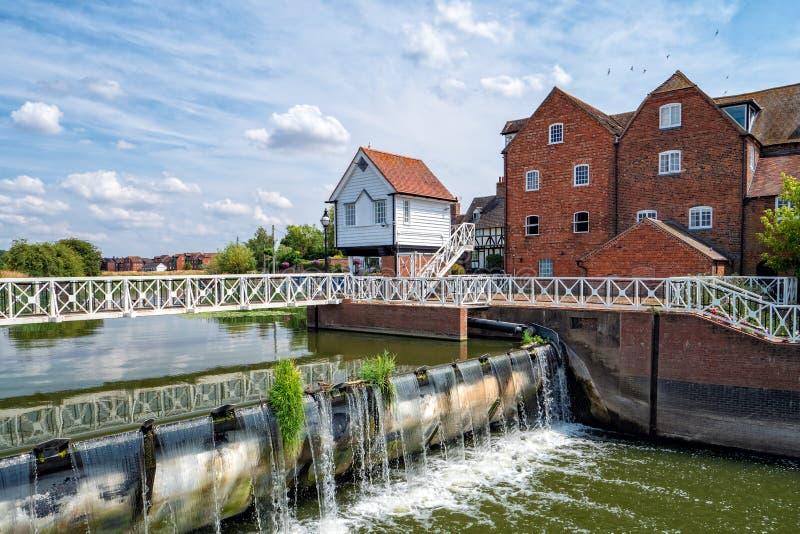 Diga di Avon del fiume e Abbey Mill, Tewkesbury, Inghilterra fotografia stock