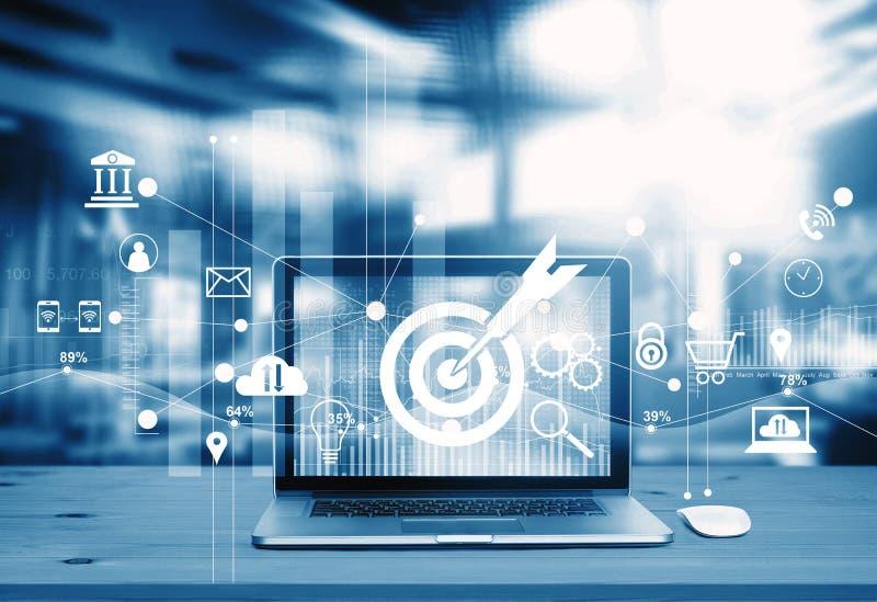 Digitaal marketing concept Blauwe toon Het moderne laptop scherm vector illustratie