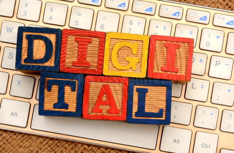 Digitaal woordenblok op Toetsenbordclose-up Marketing concept stock foto