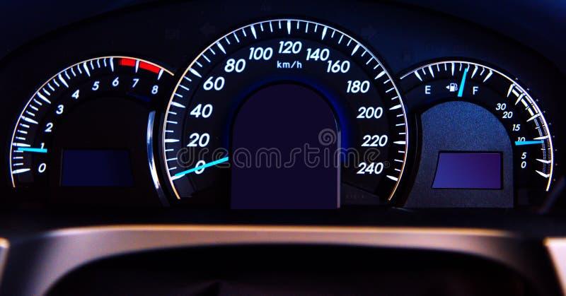Digital bilindikator, bilstreckslut upp arkivfoton