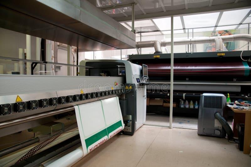 Digital-Drucken - breite Formatpresse stockbilder
