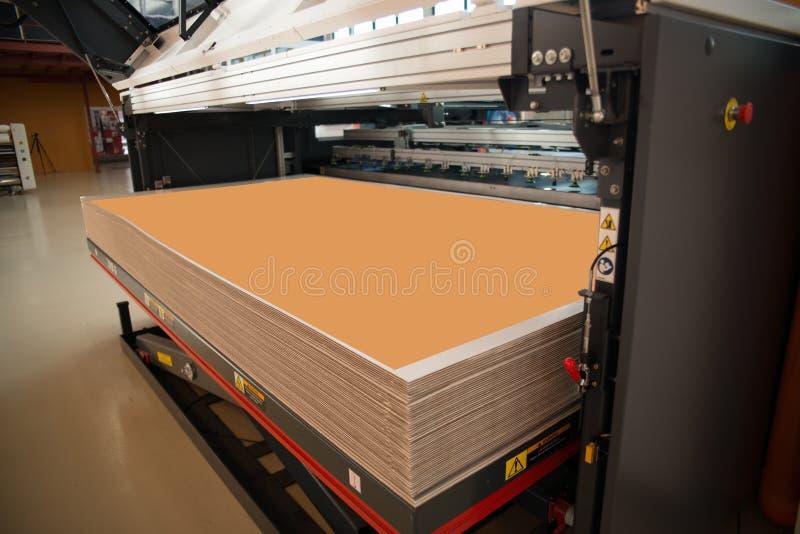 Digital-Drucken - breiter Formatdrucker stockfotografie