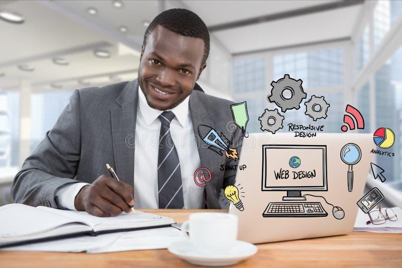 Digital frambragd bild av affärsmannen med diagrammet för rengöringsdukdesign som i regeringsställning arbetar på skrivbordet royaltyfria bilder