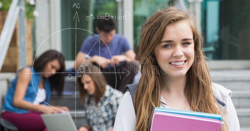 Digital frambragd bild av den kvinnliga högskolestudenten vid diagrammet med vänner i bakgrund royaltyfri foto