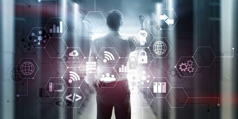 Digital-Konzeptinternet von Sacheninformationen und -Telekommunikationstechnik Doppelbelichtungsikonen und Serverraum lizenzfreie abbildung