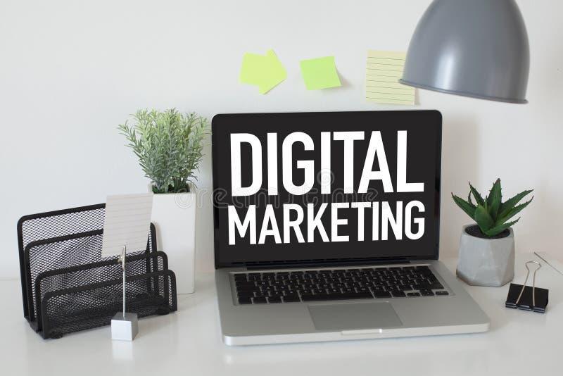 Digital-Marketing lizenzfreie stockbilder