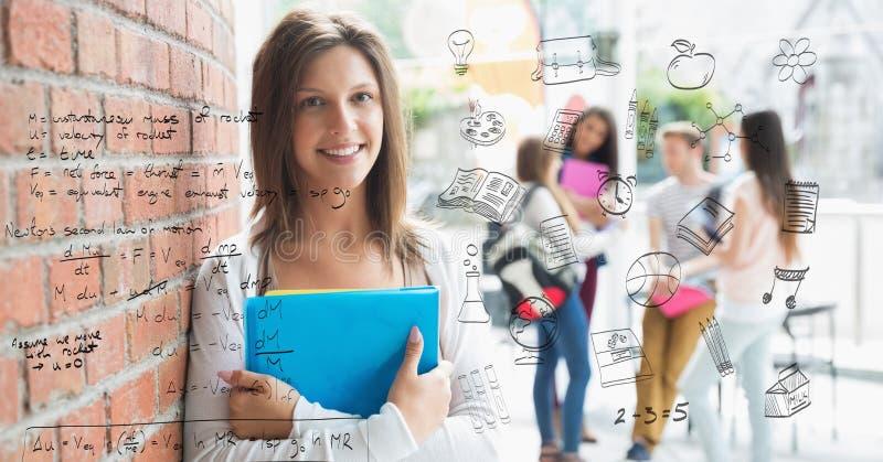 Digital sammansatt bild av matematiklikställanden med den kvinnliga högskolestudenten i bakgrund royaltyfri fotografi