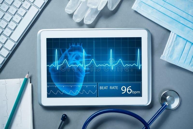Digitala teknologier i medicin royaltyfri bild