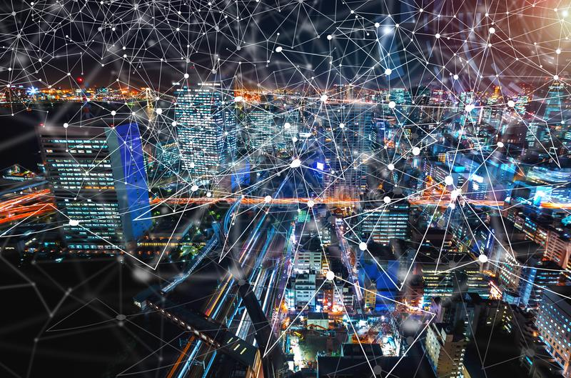 Digitale Technologie-Cirkel met luchtmening van Tokyo, Japan stock fotografie
