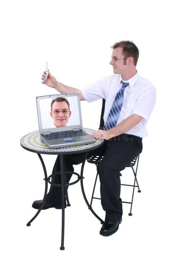 Digitalkamera-Telefon und Laptop mit Bild auf Bildschirm lizenzfreie stockbilder