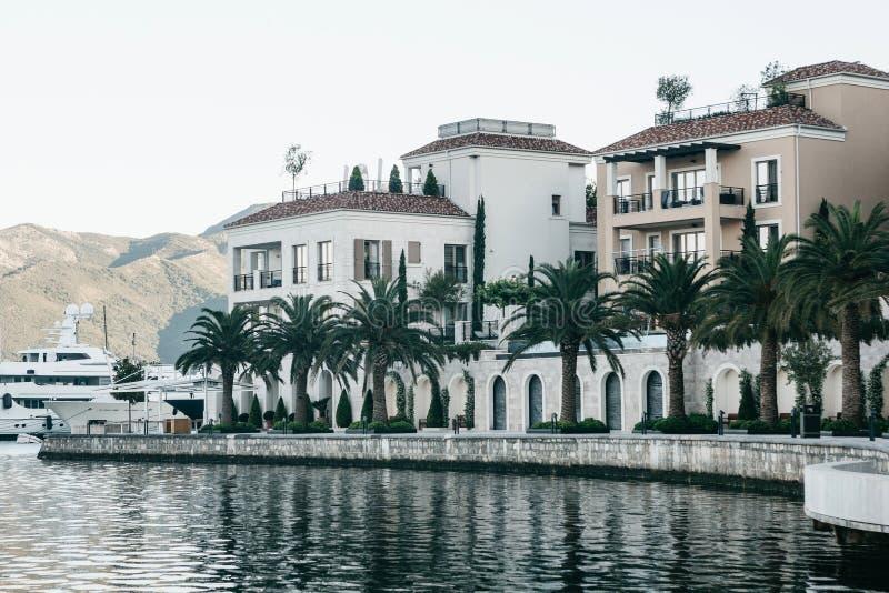 Dijk in Tivat in Montenegro royalty-vrije stock afbeelding
