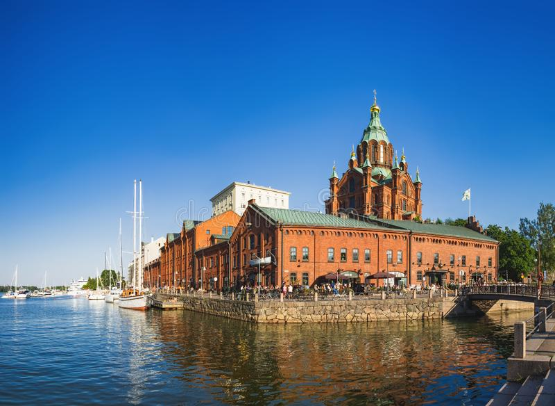 Dijk van Helsinki bij de zomeravond, Finland stock fotografie