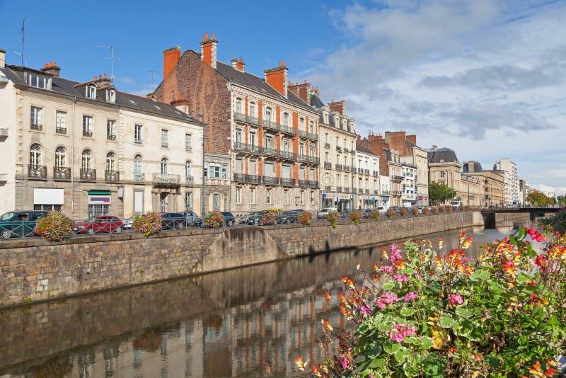 Dijk van rivier Vilaine in Rennes royalty-vrije stock foto's