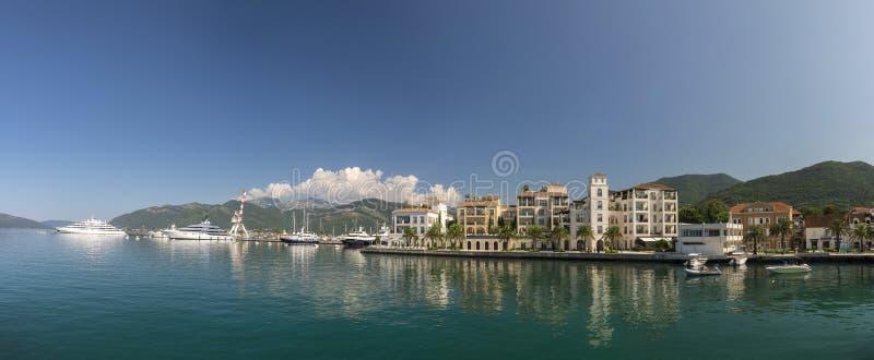 Dijk van Tivat-stad in Montenegro stock fotografie