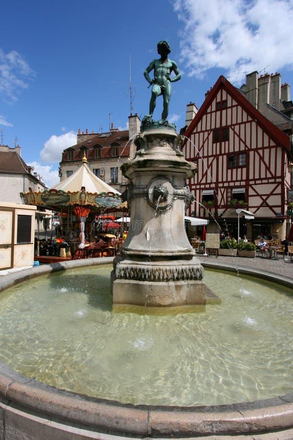 Dijon-Brunnen stockfotografie