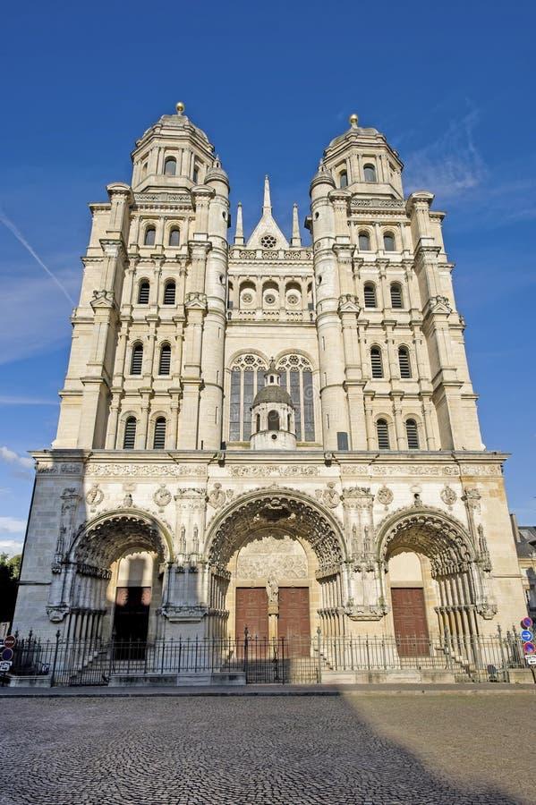Dijon - Saint-Michel imagens de stock