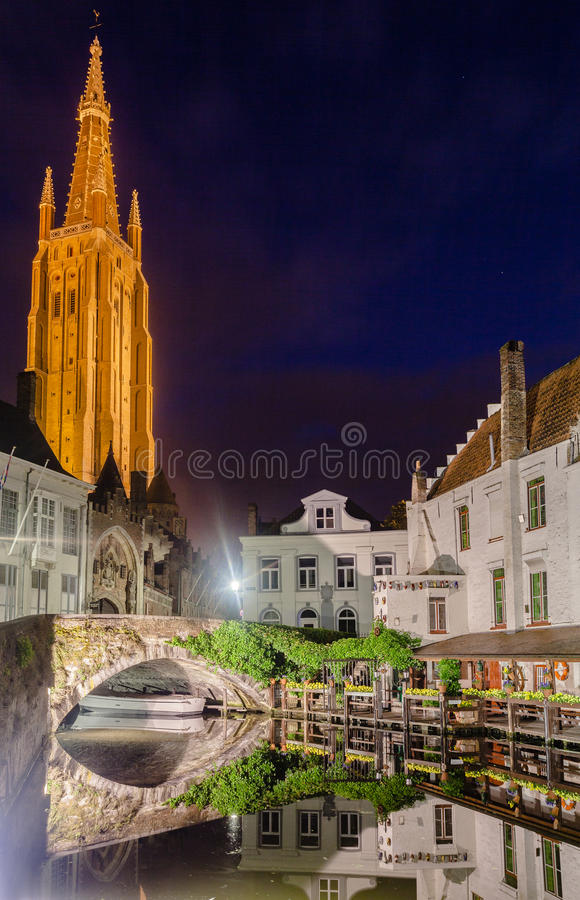 Download Dijver Canal In Bruges Belgium Editorial Image - Image: 31822020