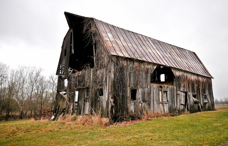Download Dilapidated Barn Royalty Free Stock Photography - Image: 13560127