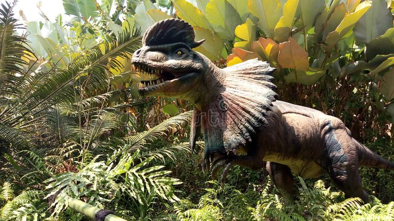 Dilophosaurus στοκ εικόνα με δικαίωμα ελεύθερης χρήσης