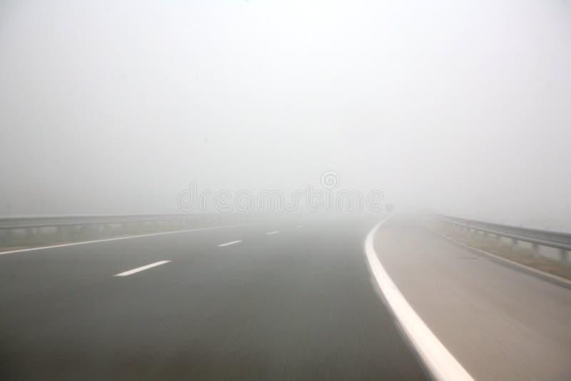 dimmahuvudväg arkivbilder