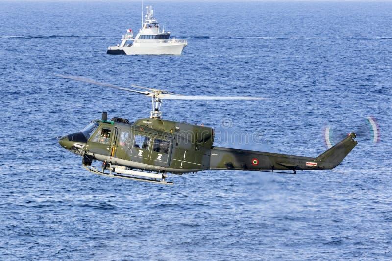 Dimostrazione italiana dell'elicottero di SAR fotografia stock libera da diritti