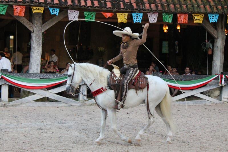 Dimostrazione messicana del lazo fotografia stock