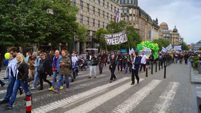 Dimostrazione per la legalizzazione di marijuana, marzo di milioni per marijuana a Praga 2019 immagine stock