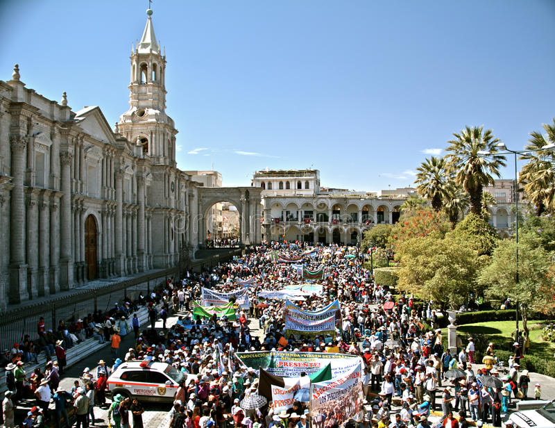 Dimostrazione Su Plaza De Armas, Arequipa Immagine Editoriale