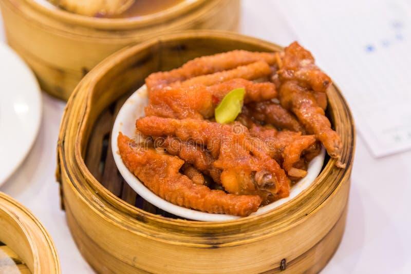 Dimsum de pieds de poulet - nourriture chinoise photos stock