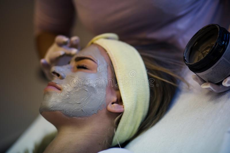 Din hud ska tacka dig senare royaltyfria foton