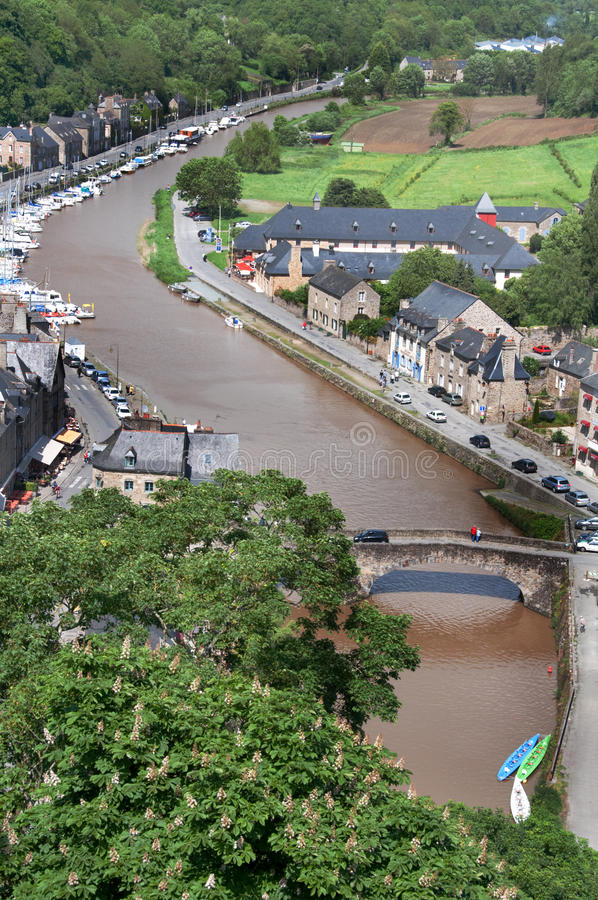 dinan ποταμός rance της Γαλλίας στοκ φωτογραφία με δικαίωμα ελεύθερης χρήσης