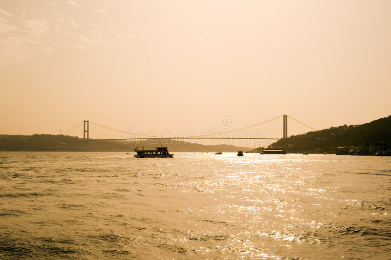 dinde d'Istanbul de passerelle de bosporus image stock