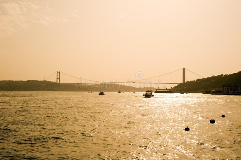 dinde d'Istanbul de passerelle de bosporus photo stock