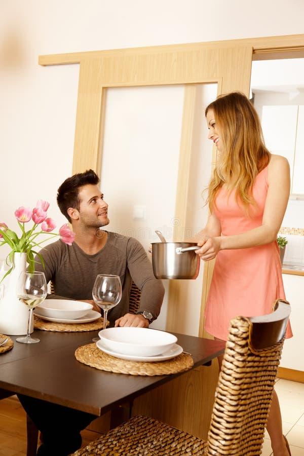 Diner thuis royalty-vrije stock afbeelding