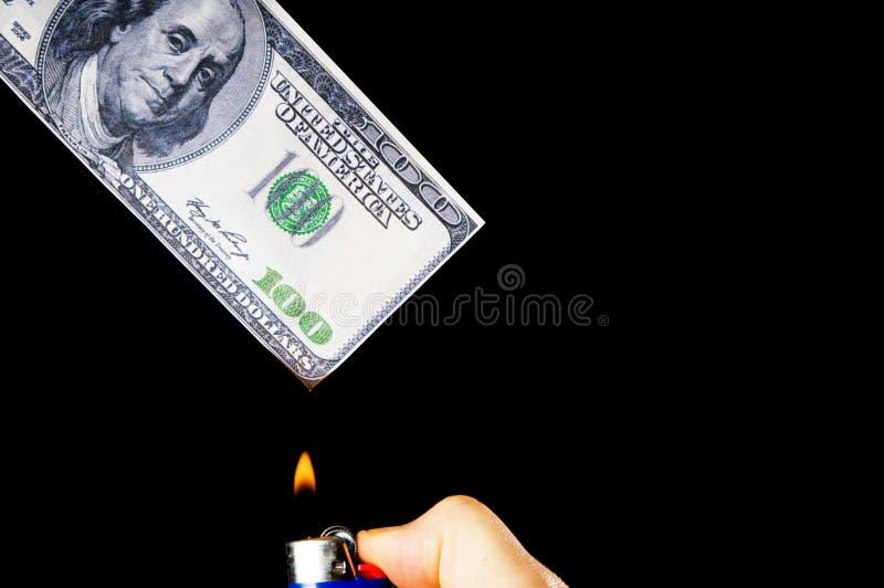 Download Dinero ardiente imagen de archivo. Imagen de recesión - 7285007