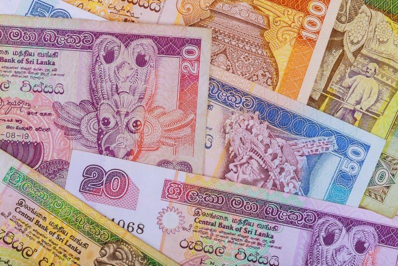 Dinero de la rupia de Sri Lanka de diversas denominaciones fotografía de archivo libre de regalías