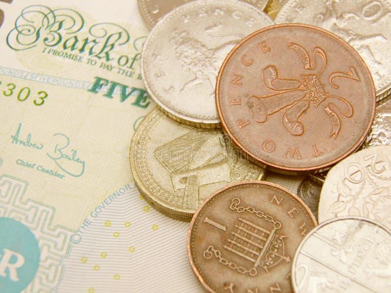 Dinero en circulación de la libra del Sterling británico fotografía de archivo libre de regalías
