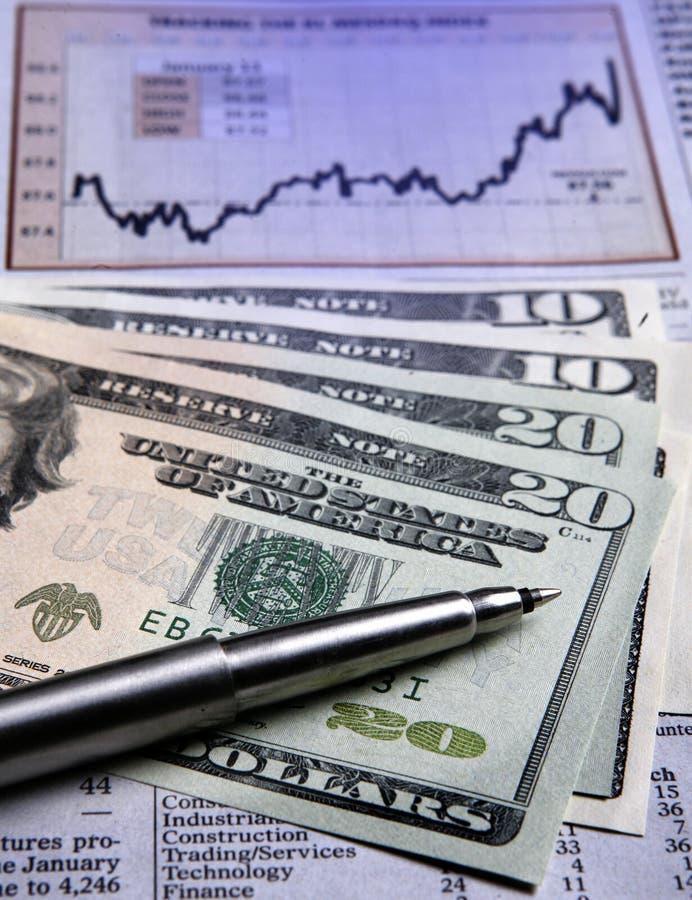 Dinero en circulación de los E.E.U.U. - carta financiera foto de archivo libre de regalías