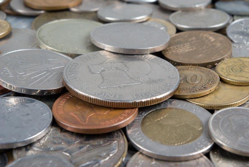 Dinero en circulación del asunto de mundo foto de archivo libre de regalías
