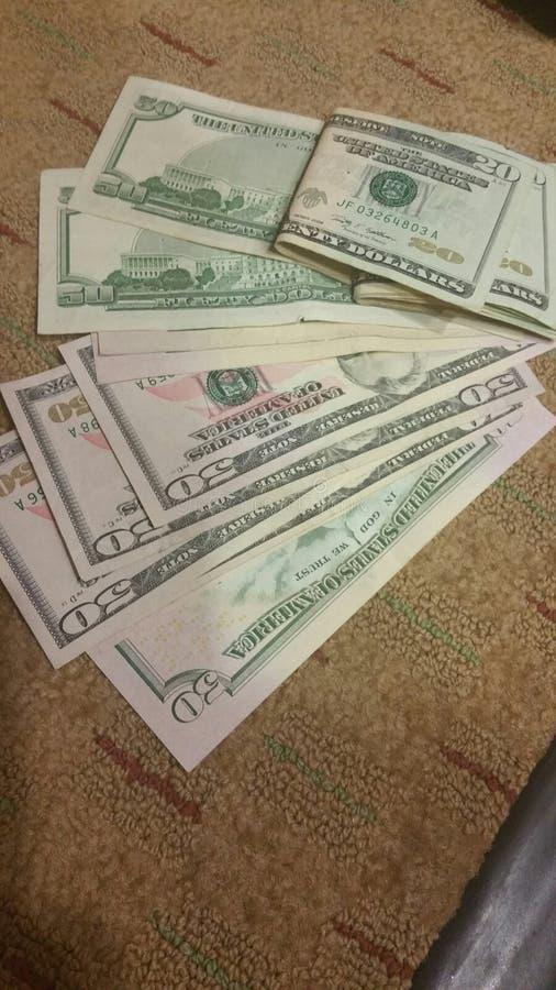 Dinero en mi mente foto de archivo libre de regalías