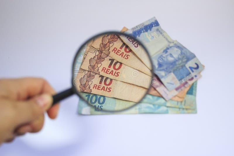 Dinheiro brasileiro do tipo real do dinheiro imagens de stock