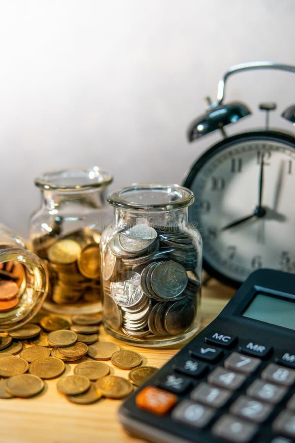Dinheiro da economia C?lculo da contabilidade financeira imagem de stock royalty free