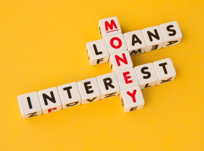 Dinheiro, empréstimos e interesse fotos de stock